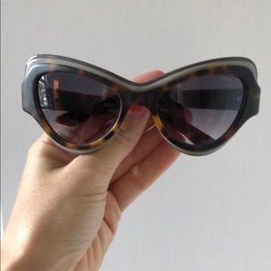 Yves Saint Laurent SunGlasses 🕶